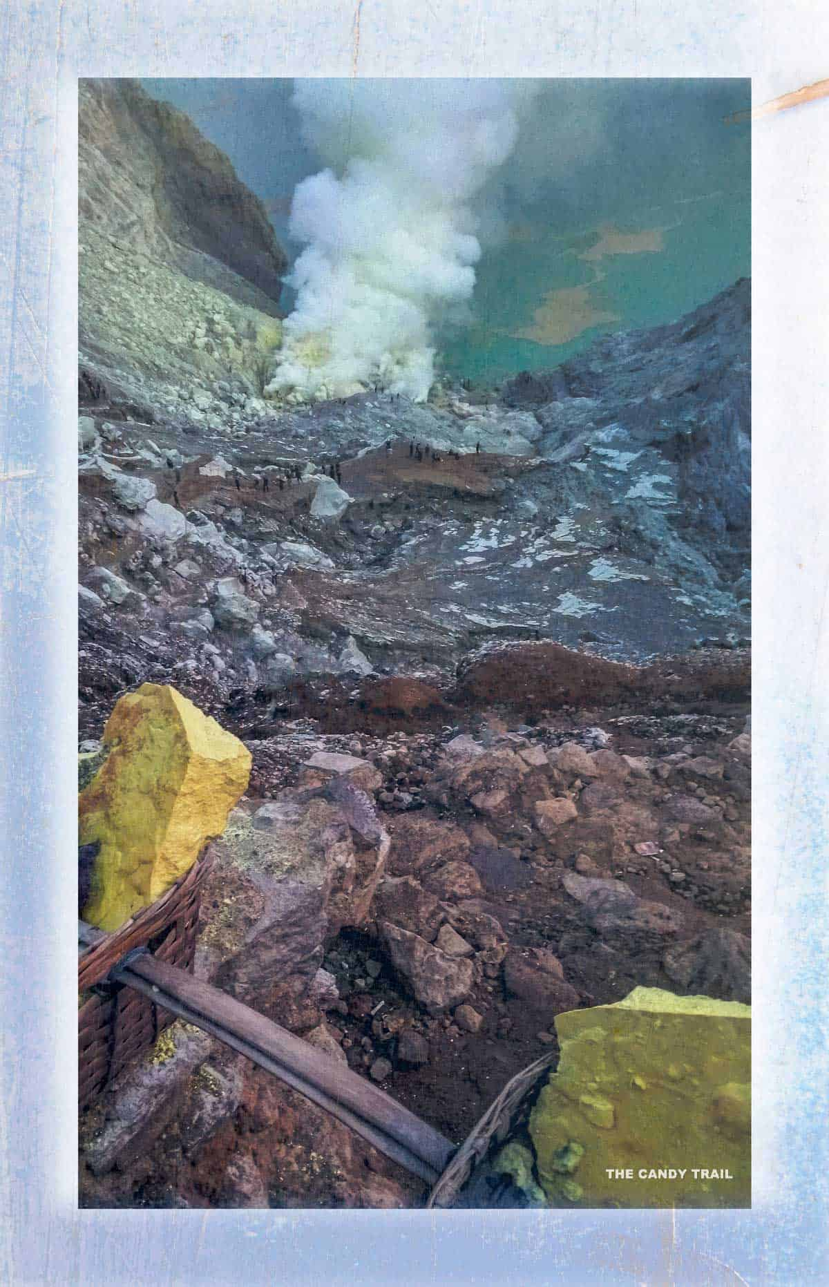 looking down crater-lake-ijen-volcano-indonesia