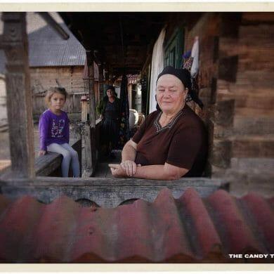 family-botiza-village-romania