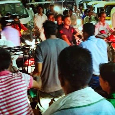 india traffic chaos at night