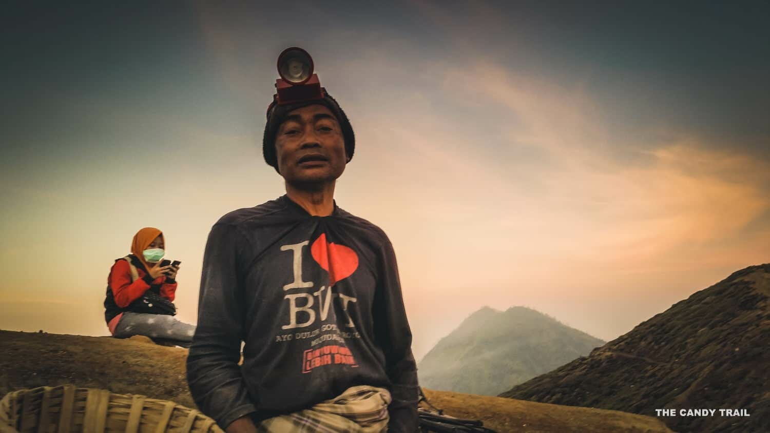 proud-sulphur-worker-ijen-volcano-indonesia