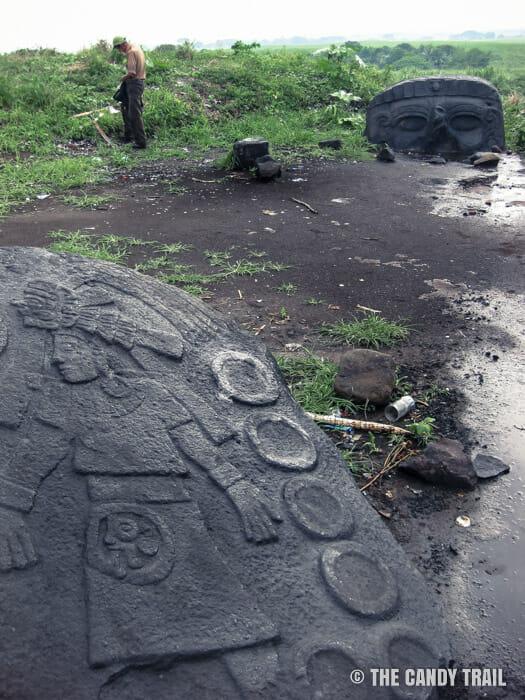 santa-lucia-cotzumalguapa stone-head-guatemala