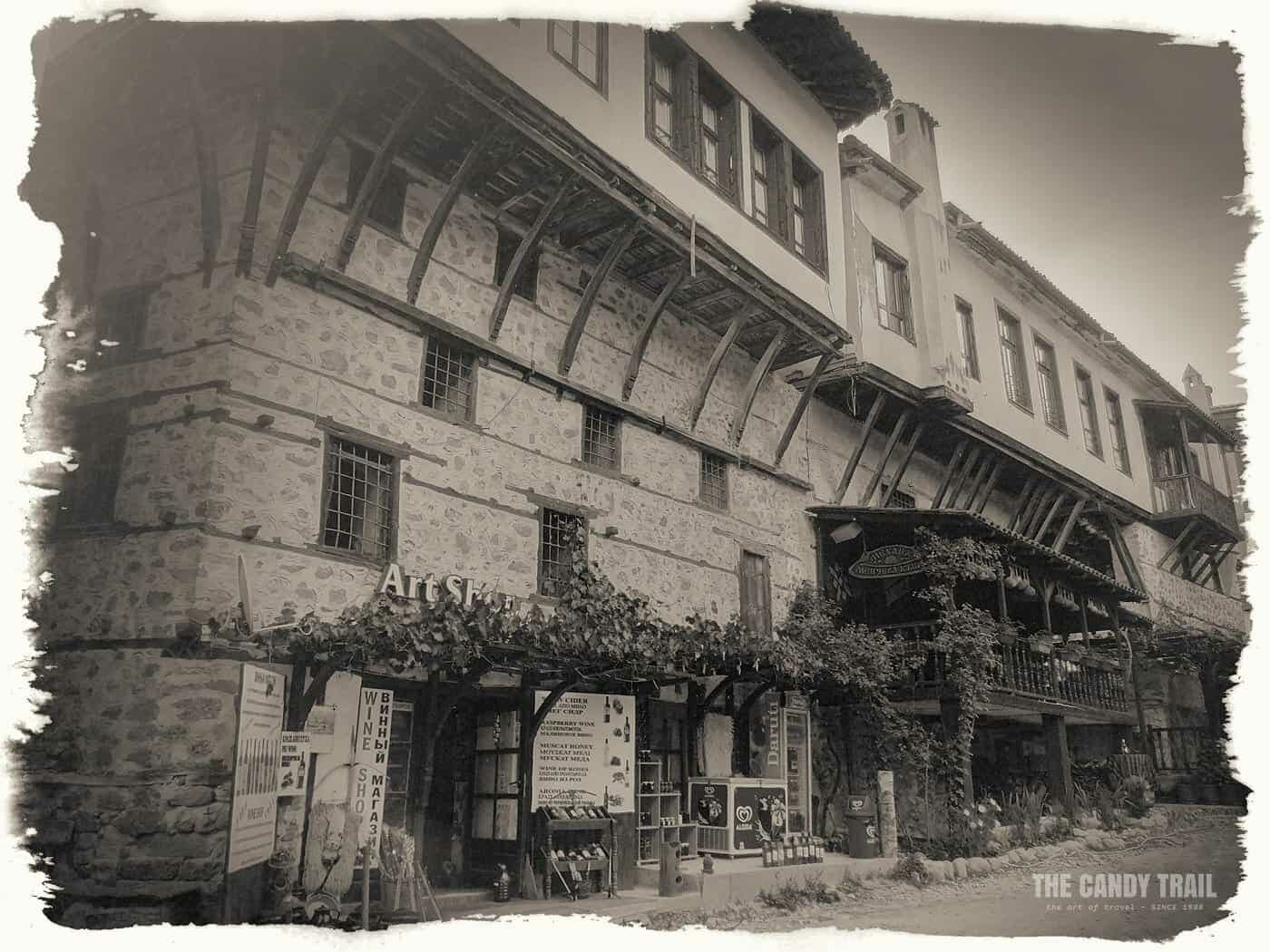 melnik old homes