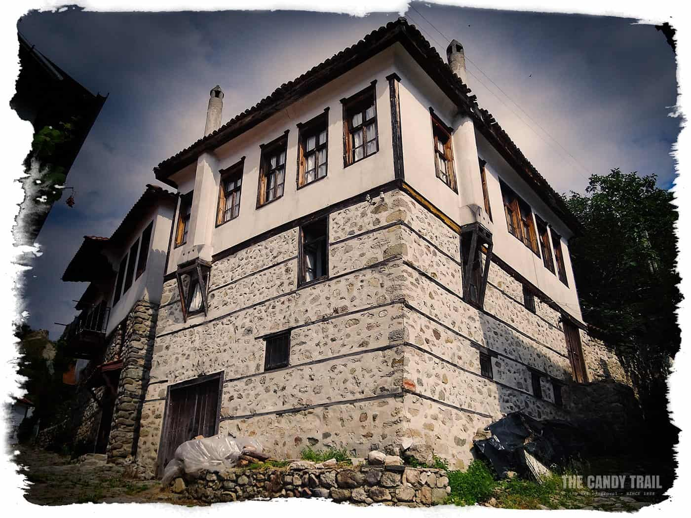 traditional-melnik- stone house-bulgaria