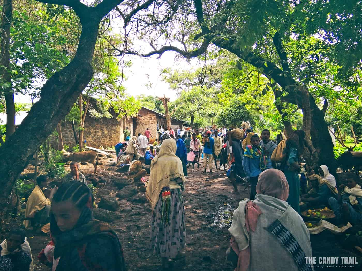 dek-island-gurer-market-lake-tana-ethiopia