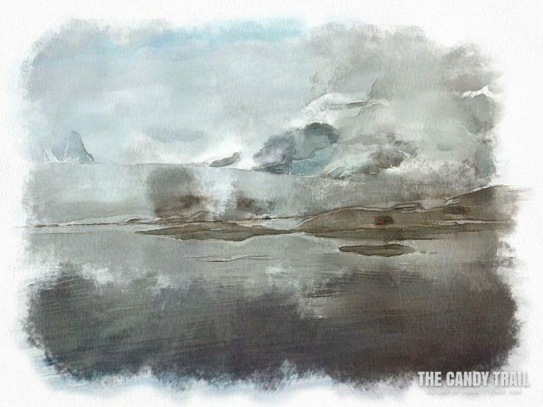antarctica-lone-red-hut