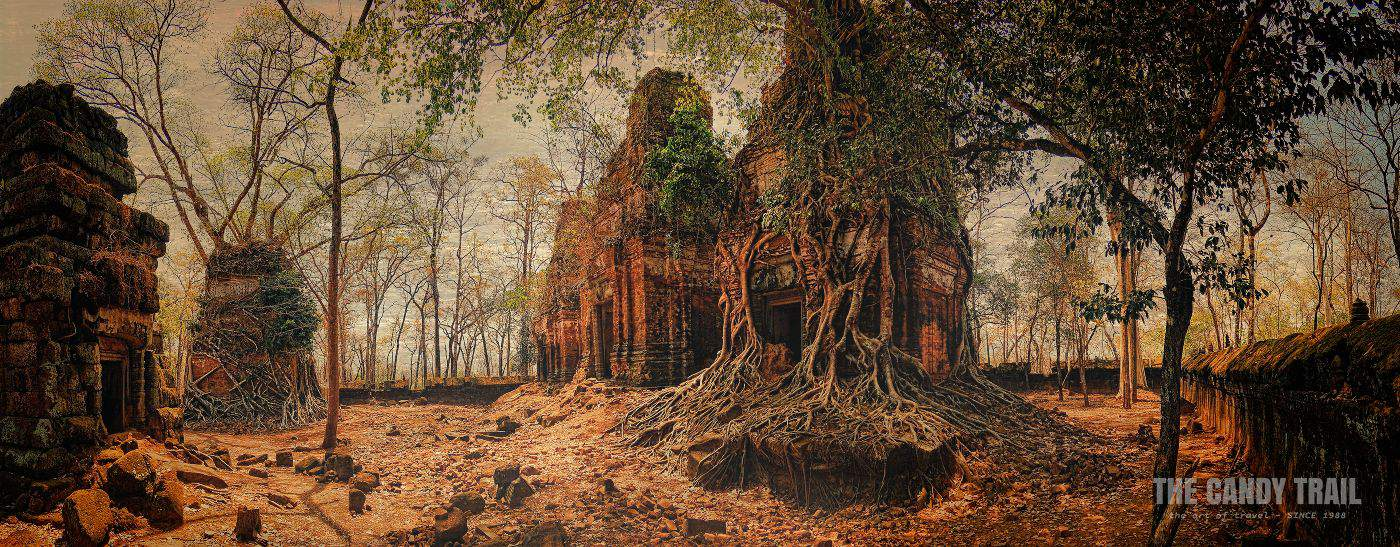 Panorama Photo Prasat Bram Temple Ruins Strangler Fig Trees Koh Ker Cambodia