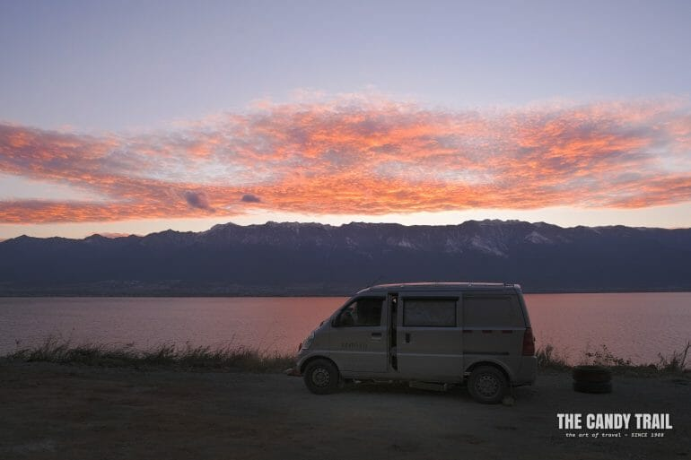 sunset-van-camping-lake-erhai-yunnan