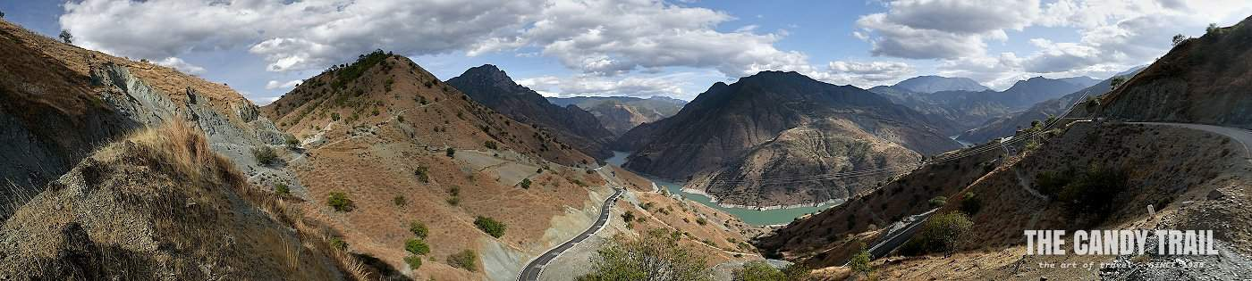 Sanjiang Kou river canyon in Yunnan