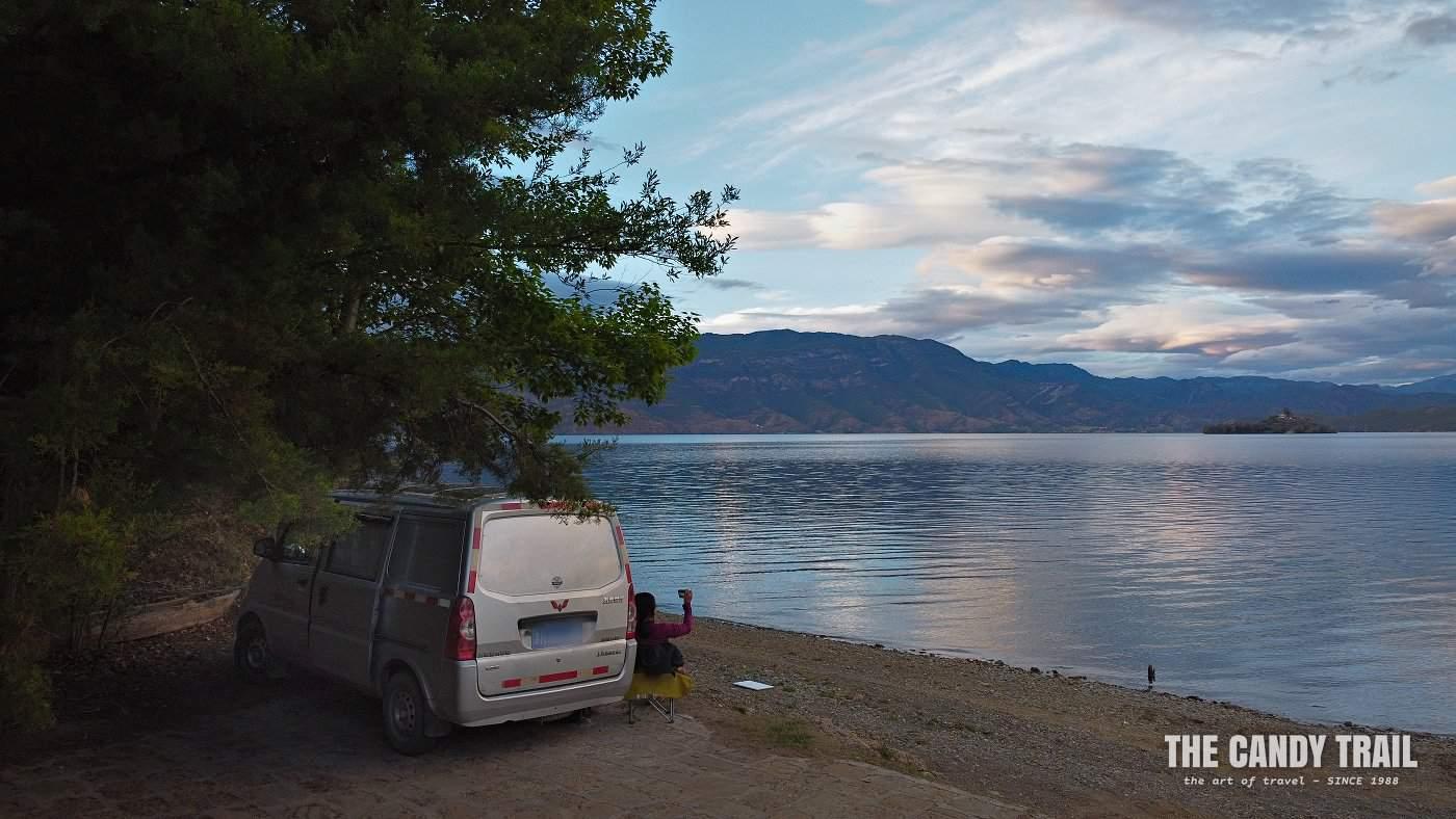 van camping lugu lake shore yunnan