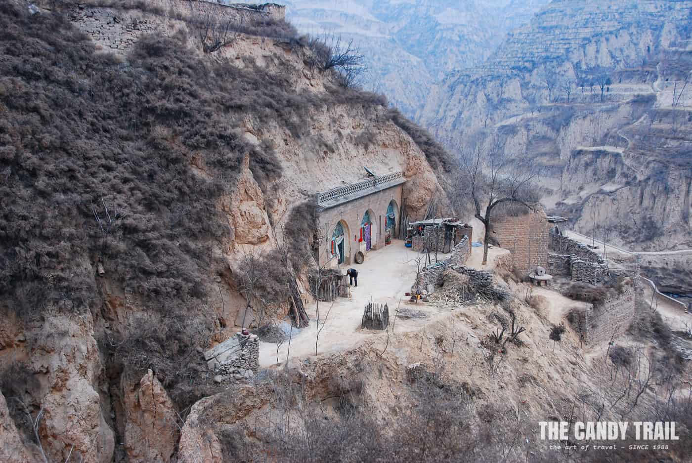 cave house amid hill lijiashan china