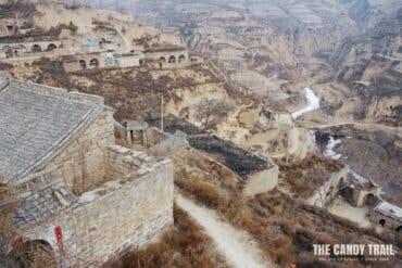 lijiashan village cave houses china