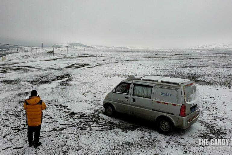 van life snow galitai mountain pass china