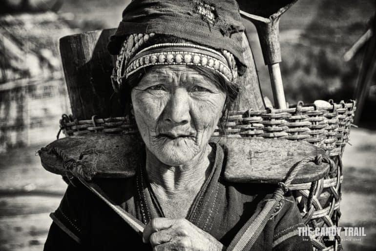 akha-tribal-elderly-woman-female-portrait